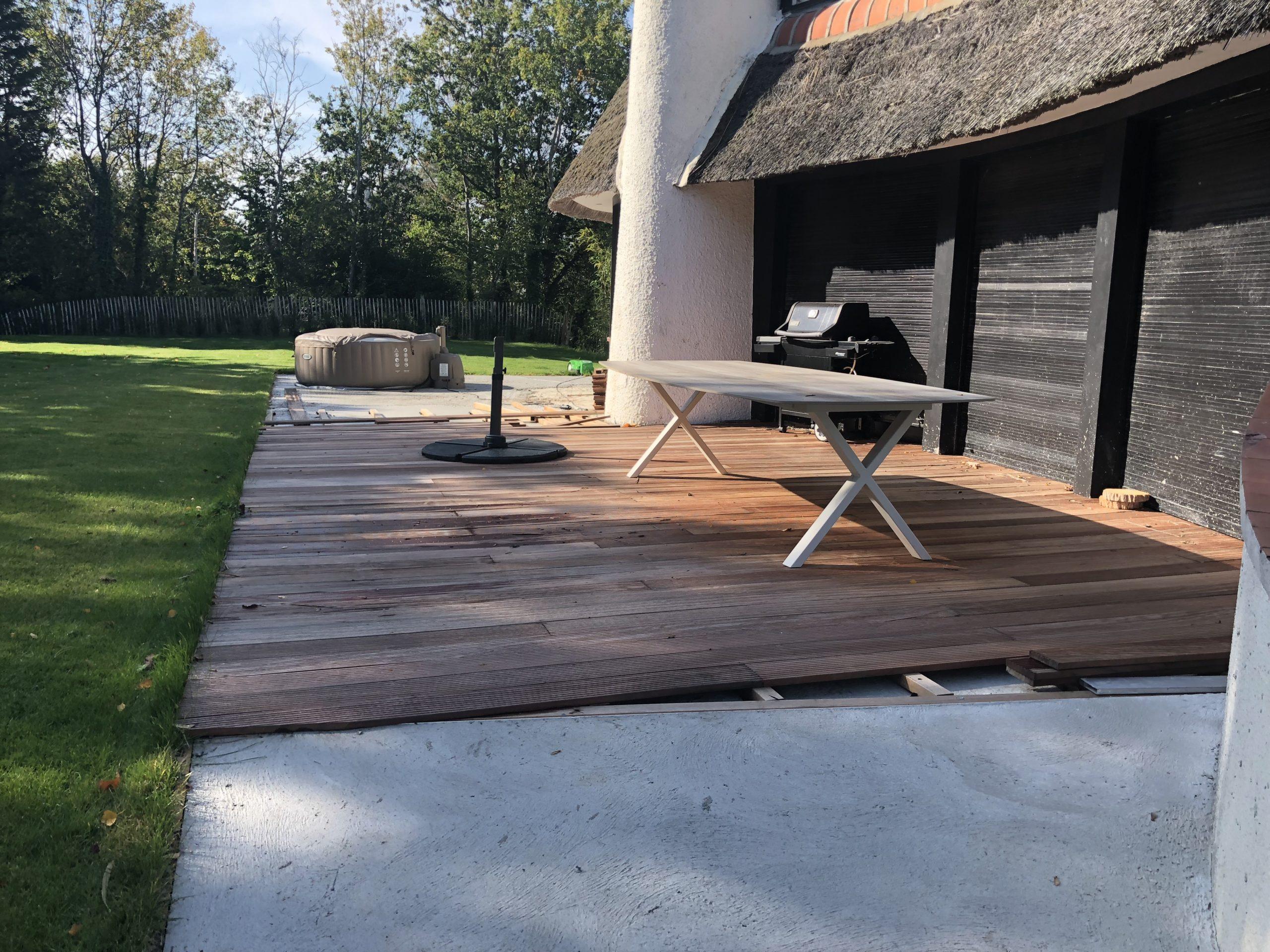 réalisation d'une terrasse bois PAYSAGE SERVICE